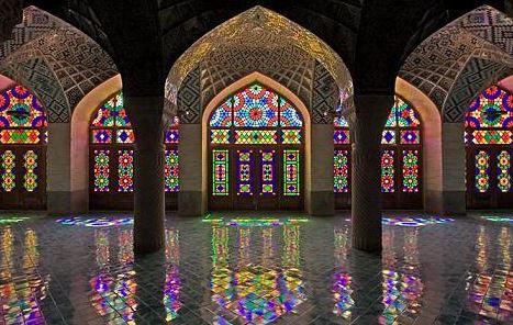 Mostanad Negini Dar Shahr: Memari Irani