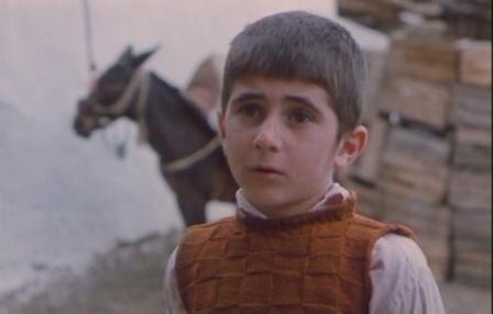 Film Khaneh Dust Kojast